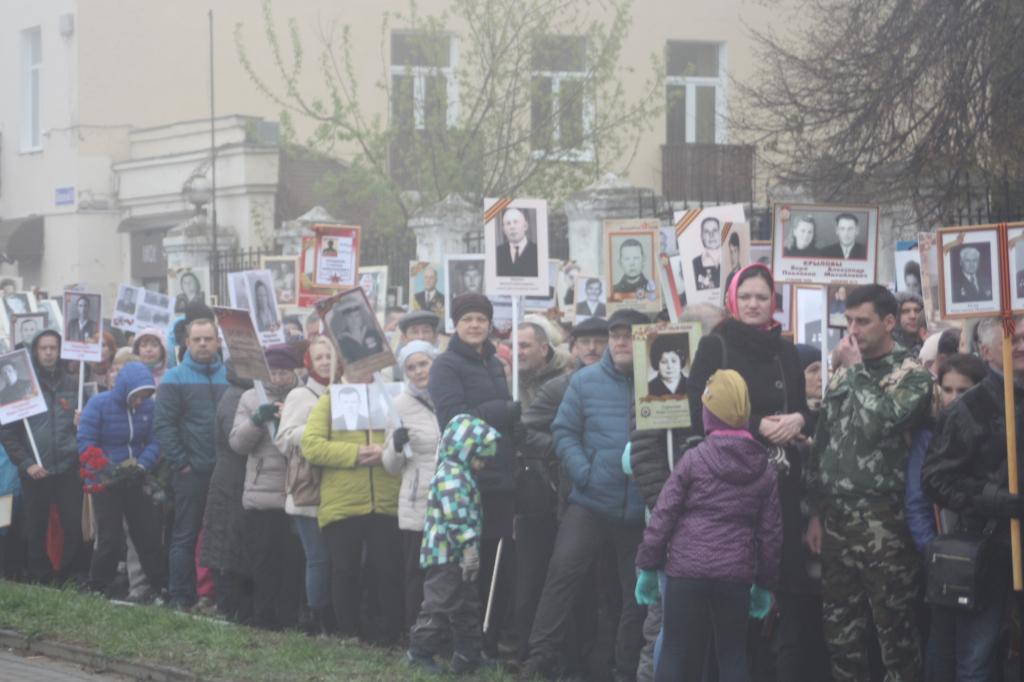 20 тыс. человек встали встрой «Бессмертного полка» вНижнем Новгороде