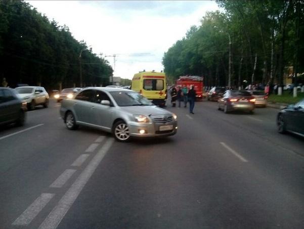 ВНижнем Новгороде вДТП умер 24-летний мотоциклист