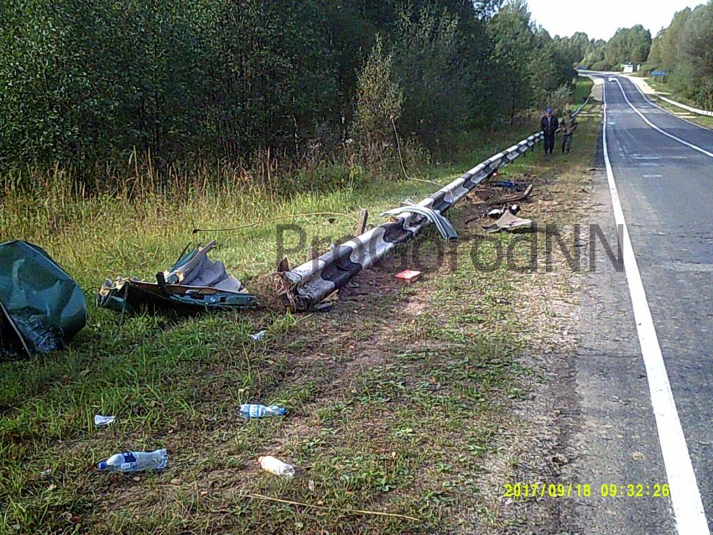 ВНавашинском районе «Пежо» влетел вотбойник