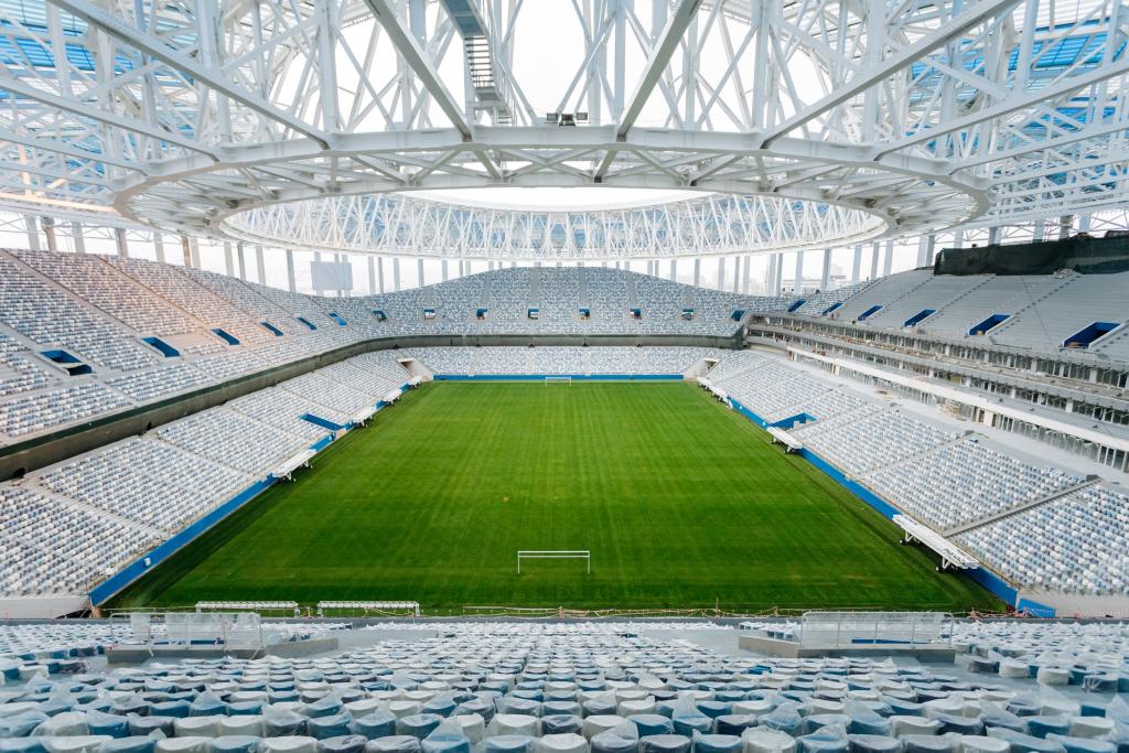 Завершен монтаж кровли над трибунами ифойе стадиона «Нижний Новгород»