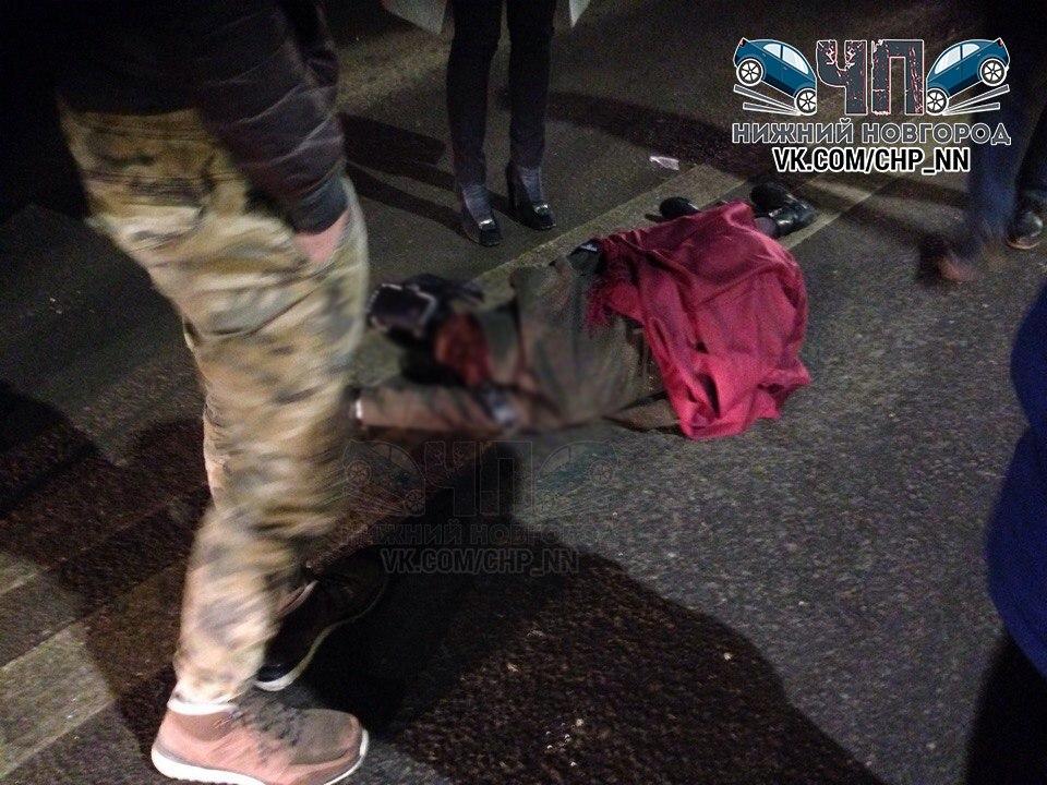 Иностранная машина сбила девушку около ночного клуба вНижнем Новгороде