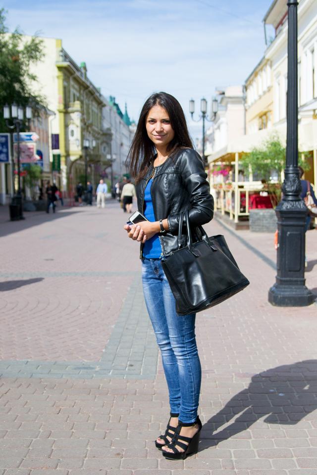 Фото девушки в шортиках в обтяжку 1 фотография
