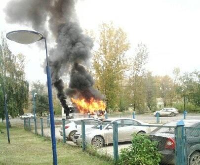 ВНижегородской области находу зажегся автобус спассажирами