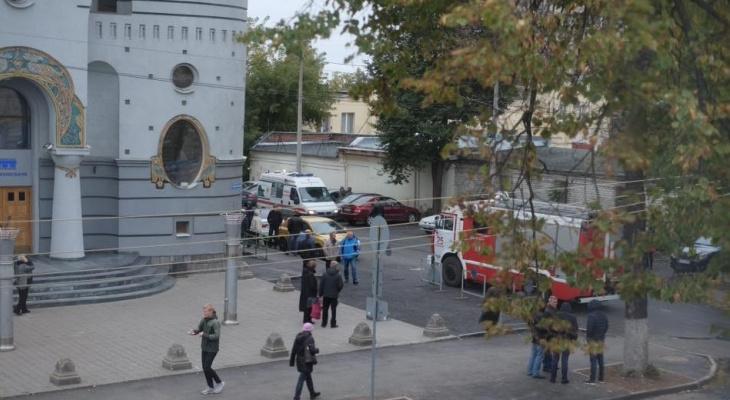 Волна эвакуаций накрыла Нижний: еще около десятка зданий оцеплены (ФОТО)