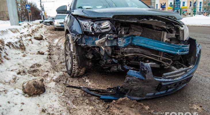 В Дзержинске двое детей пострадали в ДТП