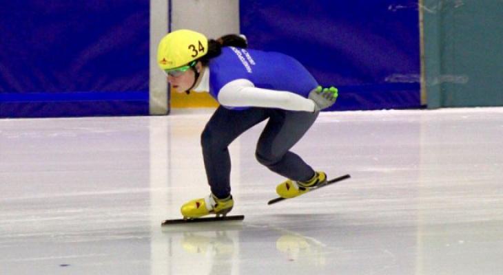 Спортсменка из Нижнего завоевала бронзу на соревнованиях ПФО по шорт-треку