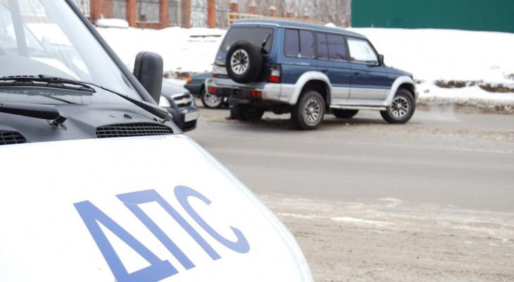 Двое пенсионеров пострадали в аварии в Перевозском районе