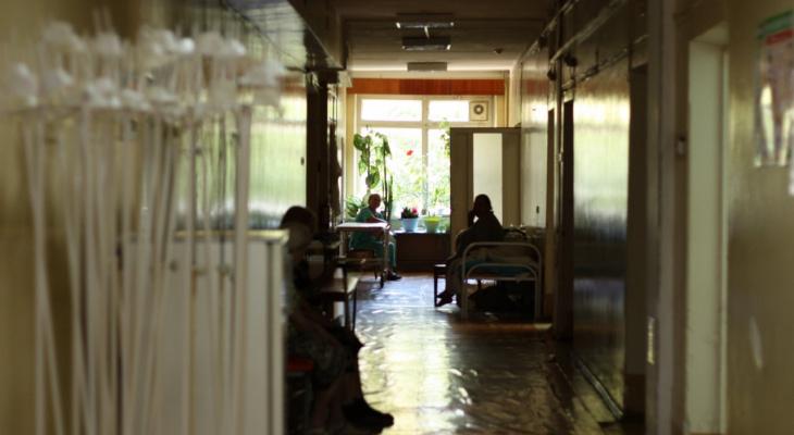 Прокуратура требует исключить ограничения посещений пациентов их родственниками