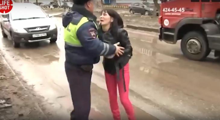 Пьяная автоледи удирала от полицейский в Нижнем