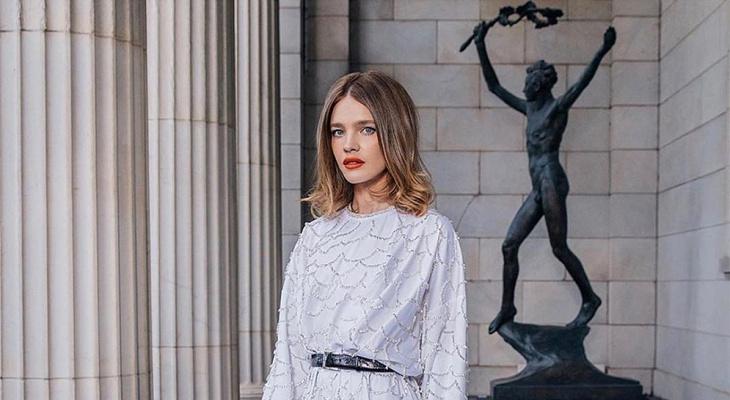 Модель Наталья Водянова украсила обложку китайского глянца