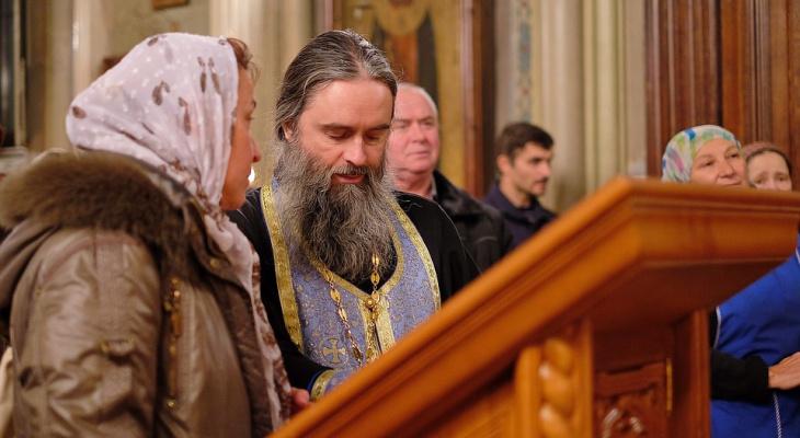 Нижегородские священники помогают приставам взыскивать долги