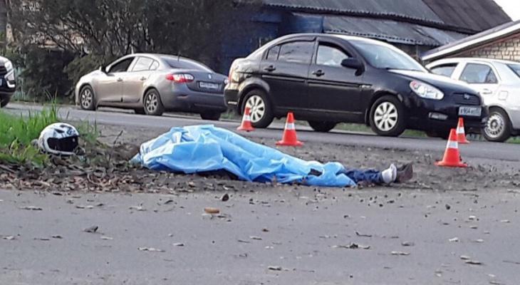 Мотоциклист погиб в столкновении с иномаркой в Нижнем Новгороде (ФОТО)