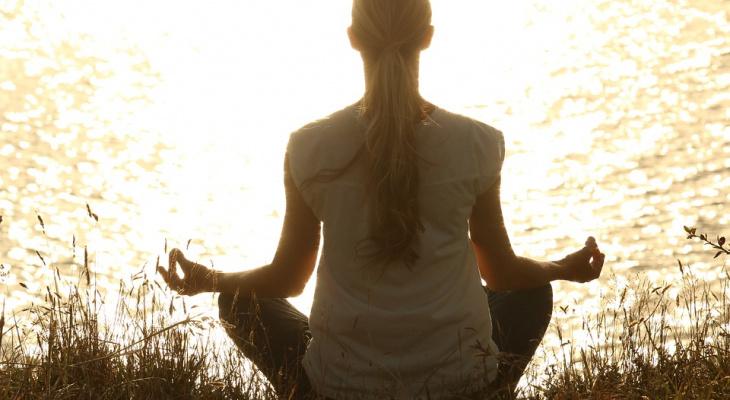 Нижегородцев научат снимать стресс через техники трансцендентальной медитации