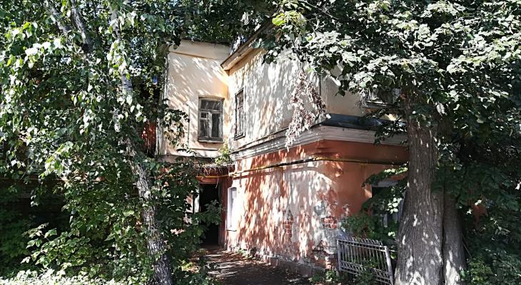 Все против народа: Ветхие дома предложили ремонтировать за счет россиян