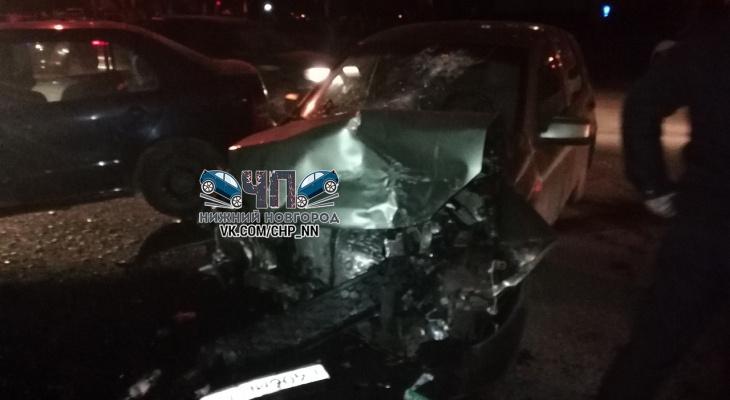 19-летняя автоледи устроила ДТП на улице Фучика в Нижнем Новгороде (ФОТО, ВИДЕО)