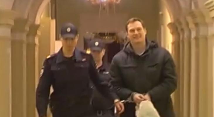 Подозреваемый в мошенничестве нижегородский хирург Максим Кудыкин ответил на обвинения (ВИДЕО)