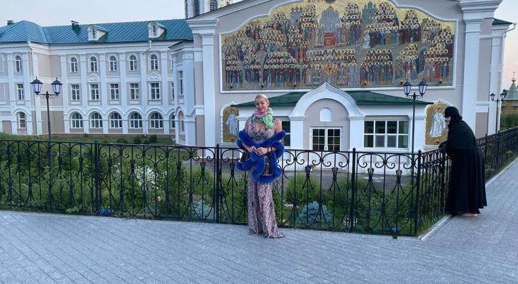 «Прима-балерина всея Руси» Волочкова прокомментировала скандал сосвоим участием вДивееве
