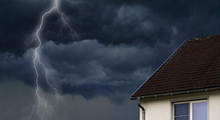 МЧС предупреждает нижегородцев о мощных грозах и сильном ветре