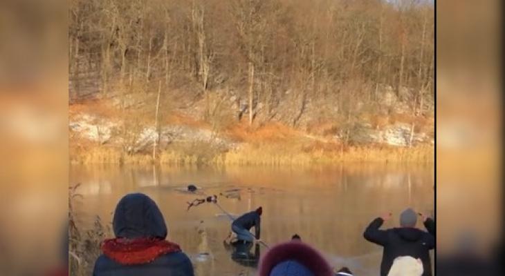 «Боролись допоследнего»: мужчина утонул втретьем озере Щелковского хутора вНижнем Новгороде (ВИДЕО)