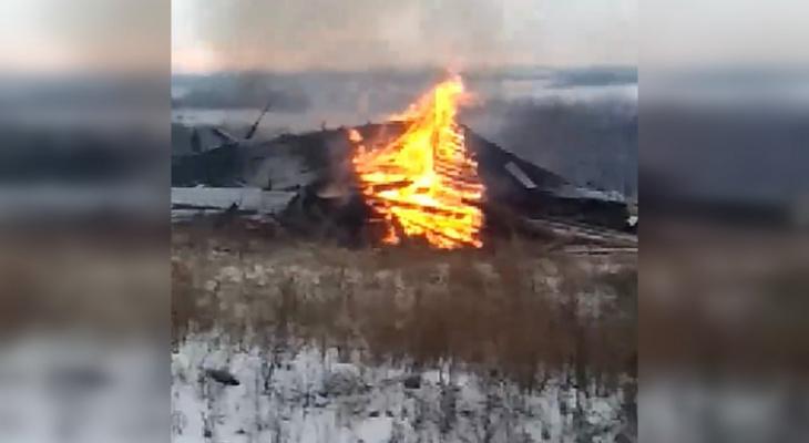 Стали известны причины сожжения колокольни в Лысковском районе