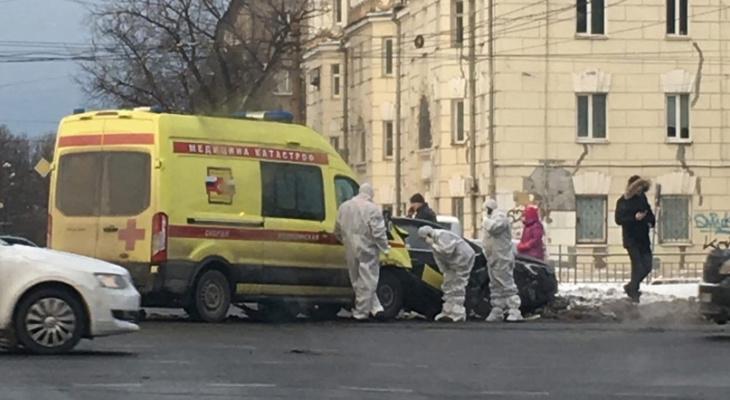 Скорая помощь попала в аварию в центре Нижнего Новгорода