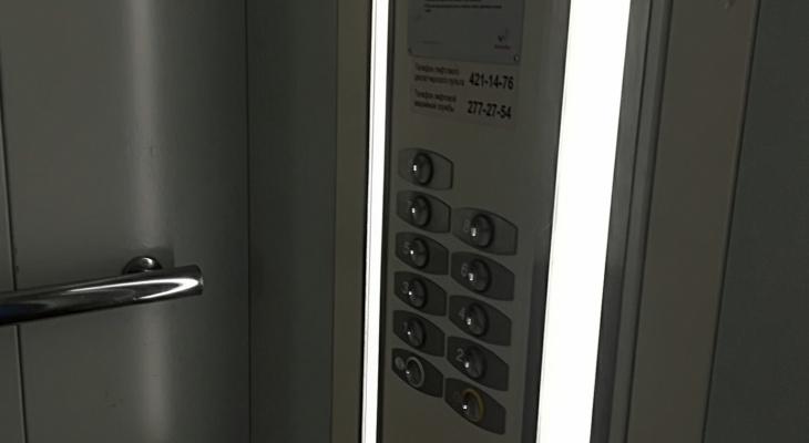 «Как достучаться?»: вДивеевской ЦРБ более трех лет неработает лифт для тяжелобольных пациентов