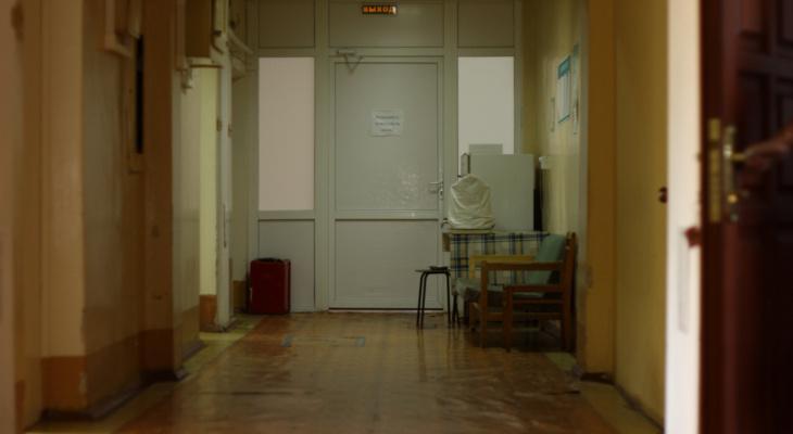 Карантин по COVID-19 ввели еще в двух отделениях больницы в Нижнем Новгороде