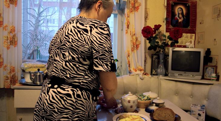 61-летняя жительница Кстова лишилась денег в поисках интим-услуг
