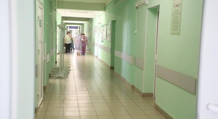 На карантин по коронавирусу закрыли три больницы в Нижнем Новгороде