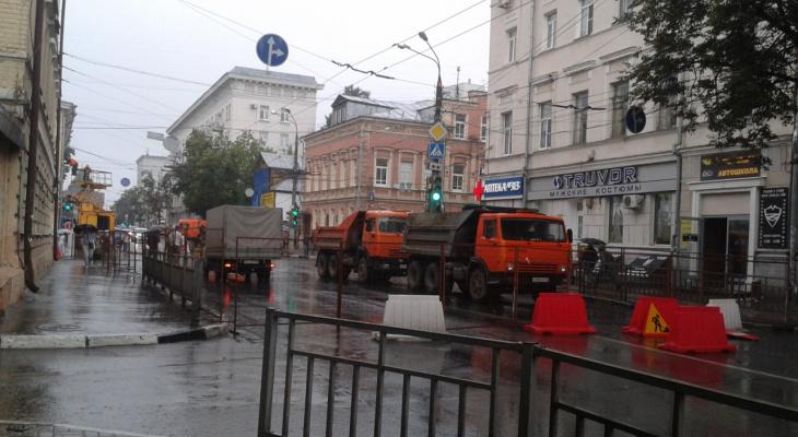 На улицах Минина и Варварской Нижнего Новгорода закроют движение транспорта с 9 апреля