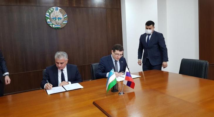 Глеб Никитин и хоким Бухарской области Узбекистана подписали меморандум о сотрудничестве