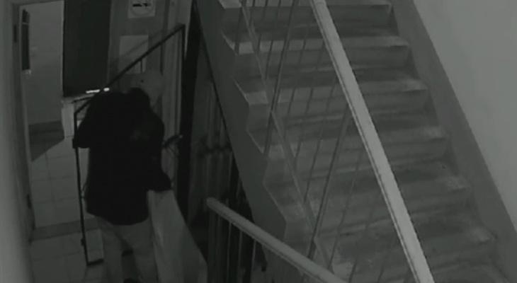 Мужчина украл подъемник для инвалидов в Нижнем Новгороде