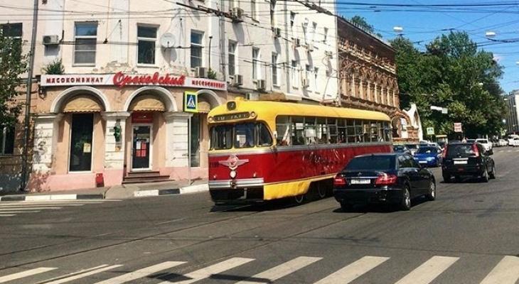 Мэрия Нижнего Новгорода возобновила покупку ретро-трамваем вопреки возмущению жителей