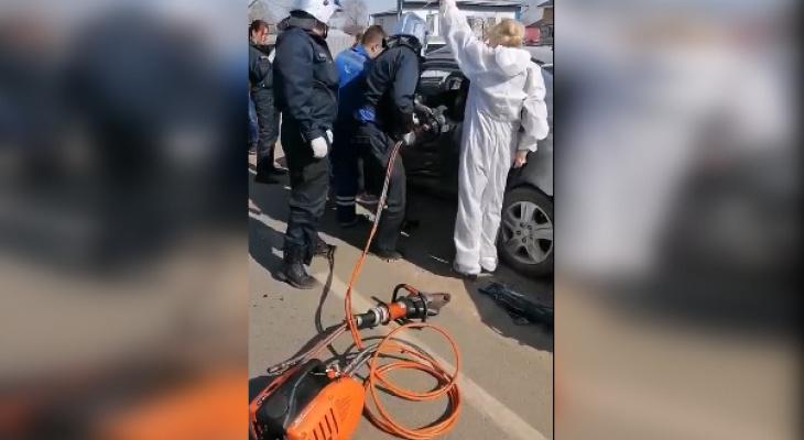 Один человек погиб и один получил тяжелые травмы в ДТП в Нижегородской области
