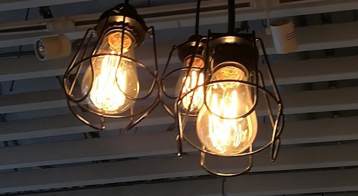 В Нижнем Новгороде жители 76 домов остались без электричества 16 апреля