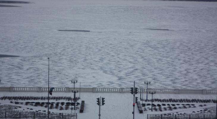 Сотрудники МЧС спасли пятерых детей провалившися под лед в Нижегородской области