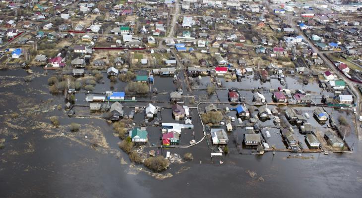 64 жилых дома пострадали от паводка в Уренском районе