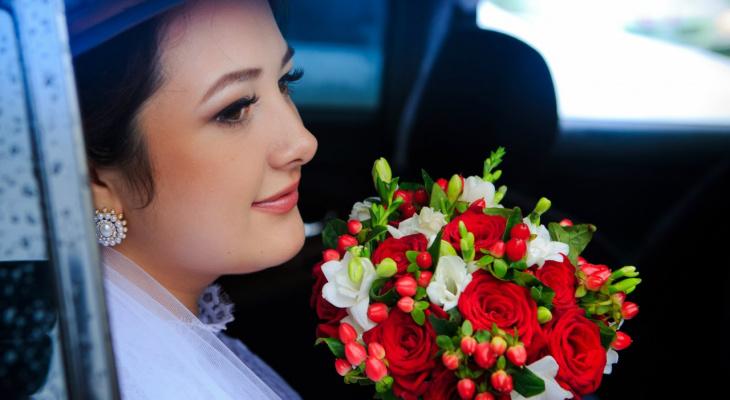 Почти 300 нижегородских пар заключат брак на пасхальной неделе
