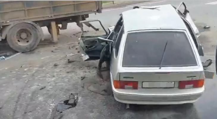 Два человека погибли в ДТП в Кстовском районе утром 3 мая