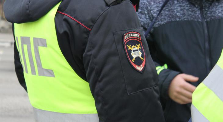 Около 50 жителей нижегородского села попытались отбить у полицейских пьяного водителя